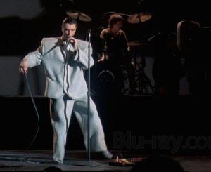 The Big Suit. Photo courtesy www.typografiks.wordpress.com