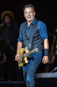 440px-Bruce_Springsteen_-_Roskilde_Festival_2012