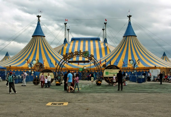 Cirque du Soleil's Kurios, Grand Chapiteau by A1 Federation - via Wikimedia Commons